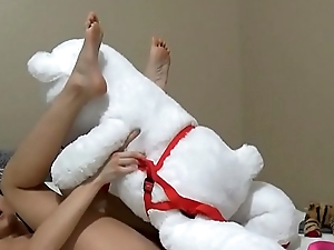 Horny Teen Fucks Her Stuffed Animal Plushie To Cum