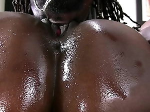 Girl Desires A Big Black Cock!
