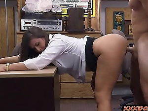 Big ass woman gets ripped wits pawn keeper