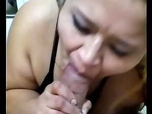 Milf latina swallows cum