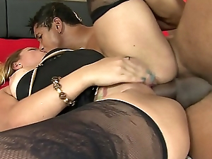 Maryana Kriguer gets her aggravation creamed after sucking a cock and sensual fucked in twat and aggravation