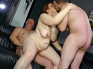 REIFE SWINGER - Threeway sex for mature German BBW lady