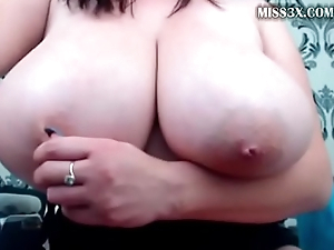 undevious extremal chubby boobs and squirting lady
