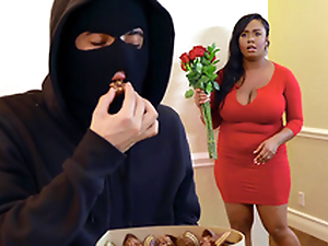Valentine's Day Whorerror Story Featuring Layton Benton - Brazzers HD