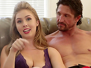 Reagan Foxx plus Mona Wales love sharing their sexual stories